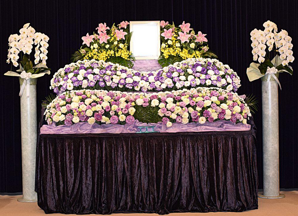 葬儀の和田_祭壇基本料金20%割引